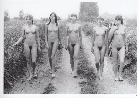 lizenzfreie bilder jugend nackt